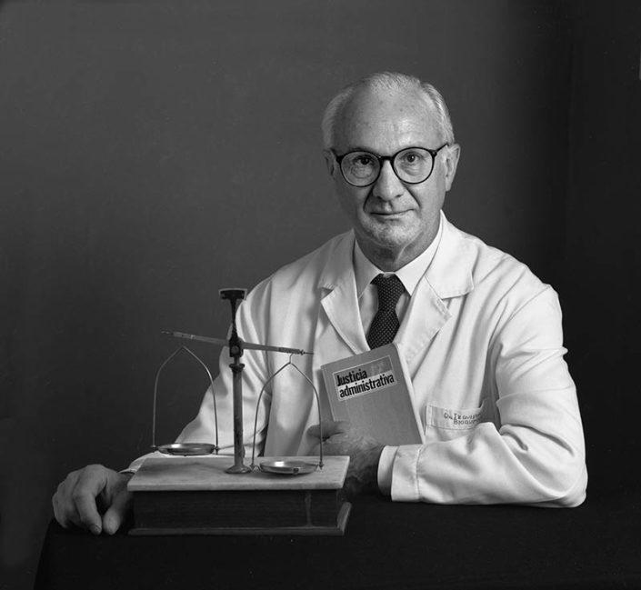 Dr. José María Izquierdo